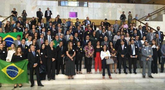 Membros do Judiciário protestam contra Lei de Abuso de Autoridade no Recife