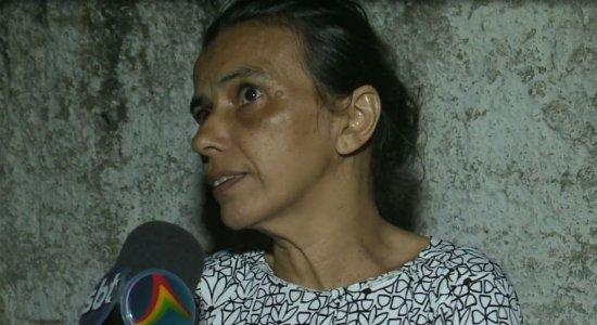 ''Eu fiquei no aeroporto esperando, com mala e tudo'', conta a tia de vítima de acidente em kart