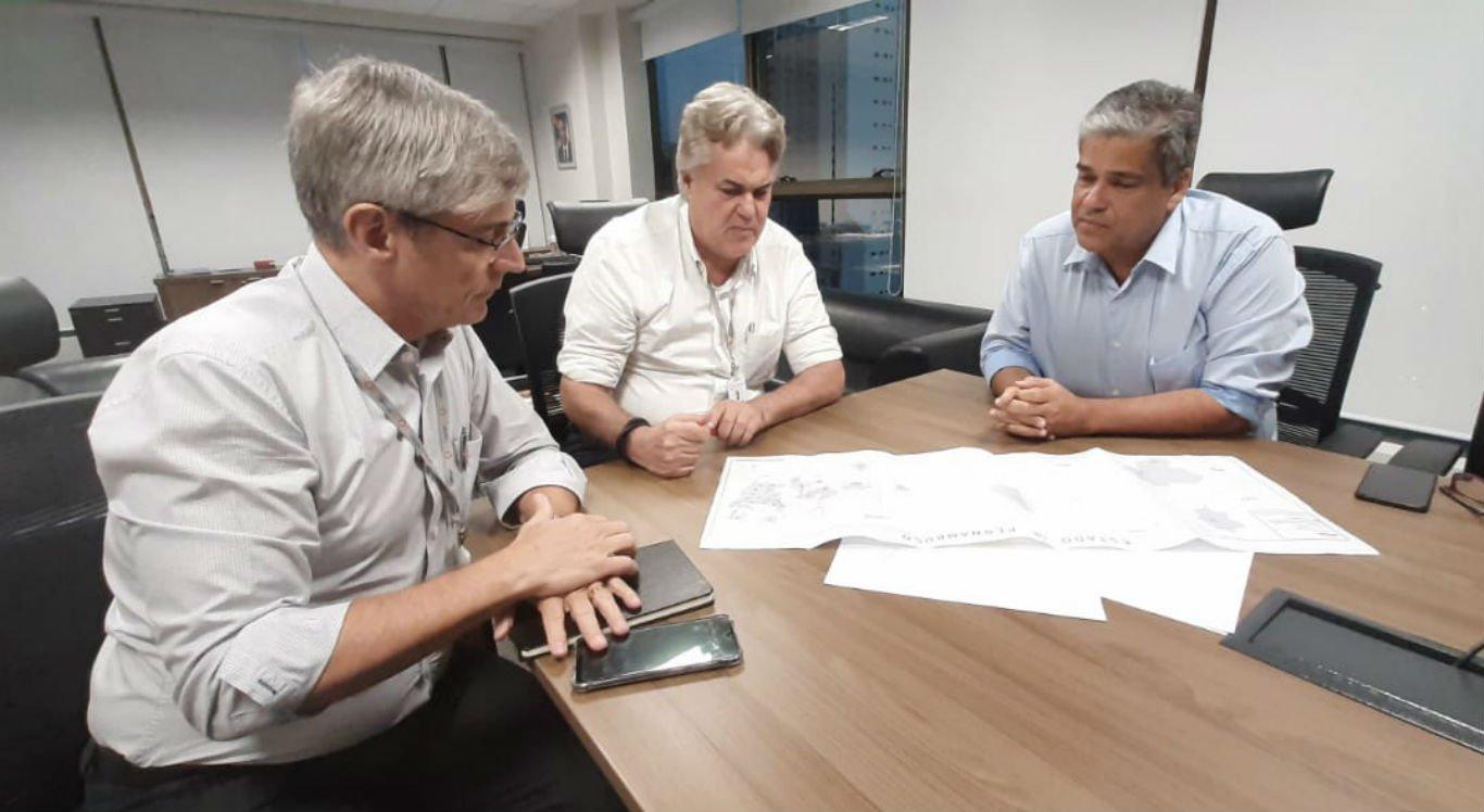 Reunião foi realizada entre presidente da Copergás e a prefeitura de Limoeiro