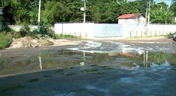 A Prefeitura de Olinda informou que irá executar uma ação emergencial de drenagem.