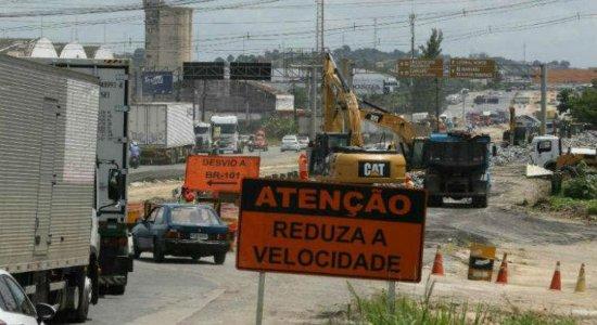 Operação aponta uso de asfalto de baixa qualidade em obra da BR-101