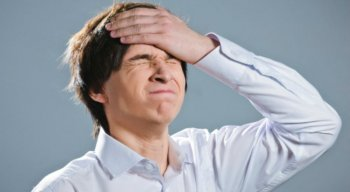 O psicólogo explica que o esquecimento pode ser devido a ansiedade e depressão