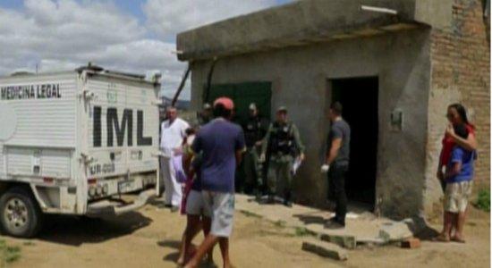 Criminosos invadem casa, espancam família e matam homem em Cupira
