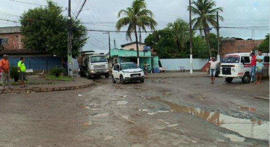 Denúncia de obras inacabadas em São Lourenço da Mata