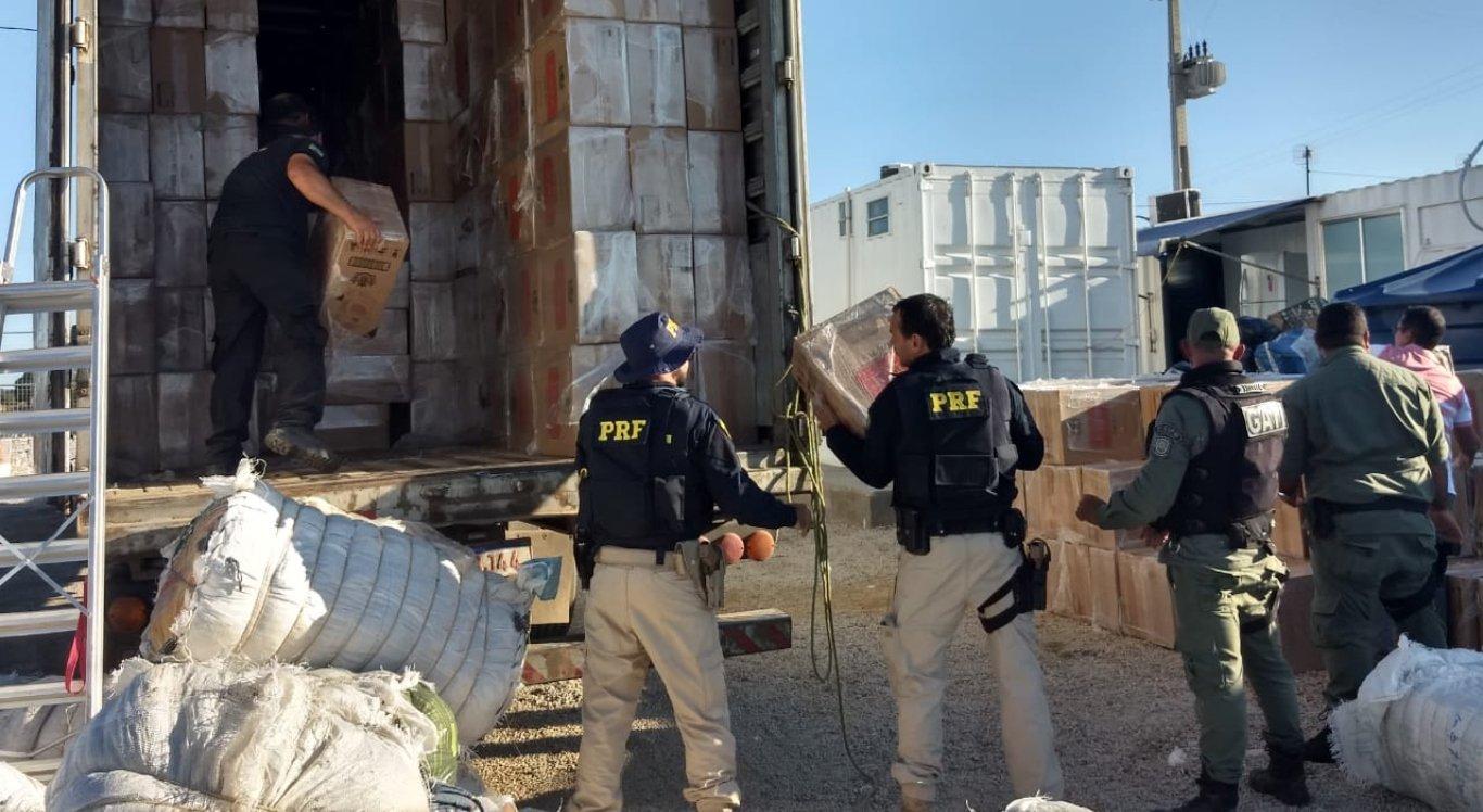 Polícia apreendeu a carga de cigarros