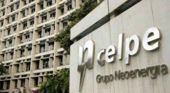 A operação tinha por intuito regularizar fios de empresas de telefonia e internet