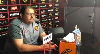 Guto Ferreira ficou mantém dúvida sobre quem vai substituir Hyuri no ataque do Sport.
