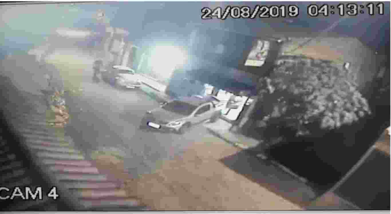 Câmeras flagram assalto a frigorífico em Caruaru
