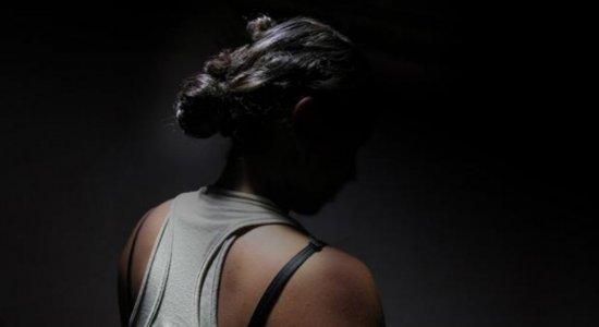 Pesquisa revela aumento no número de estupro e feminicídio