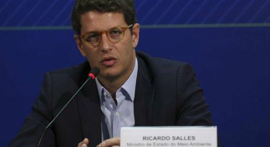 Ricardo Salles é o 15º ministro a testar positivo para a covid-19