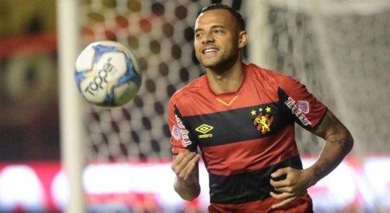 Lesão e suspensões forçam Guto Ferreira a mudar o ataque do Sport