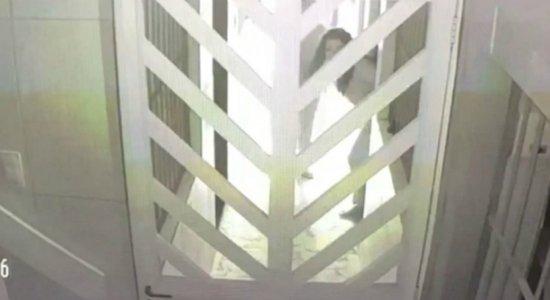 Vídeo mostra ação de criminosos na casa da vice-prefeita de Itapissuma