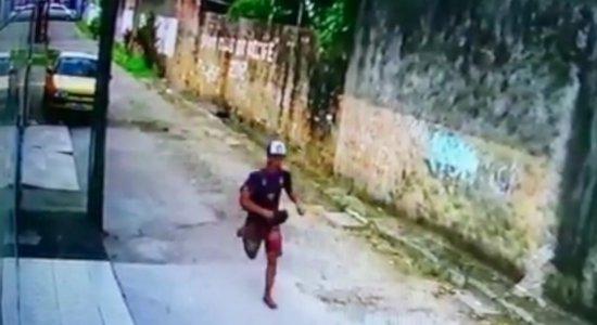 Vídeo: assalto no Metrô do Recife termina em perseguição na Zona Oeste
