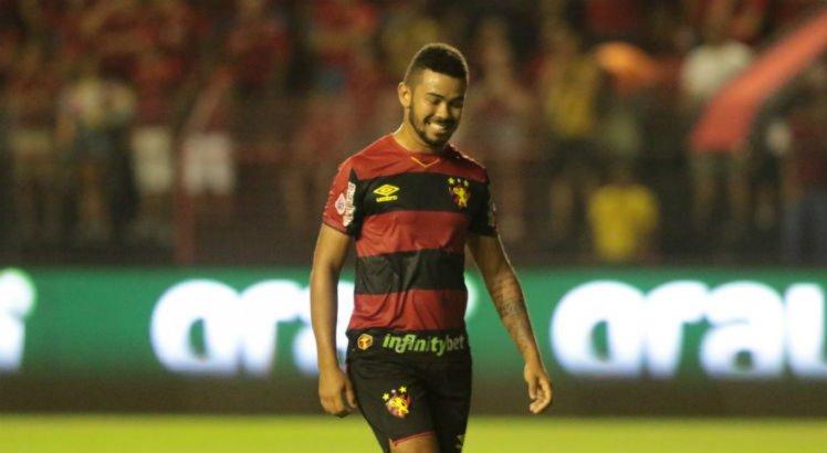 Sport: Juninho se envolve em confusão em boate na Zona Norte do Recife