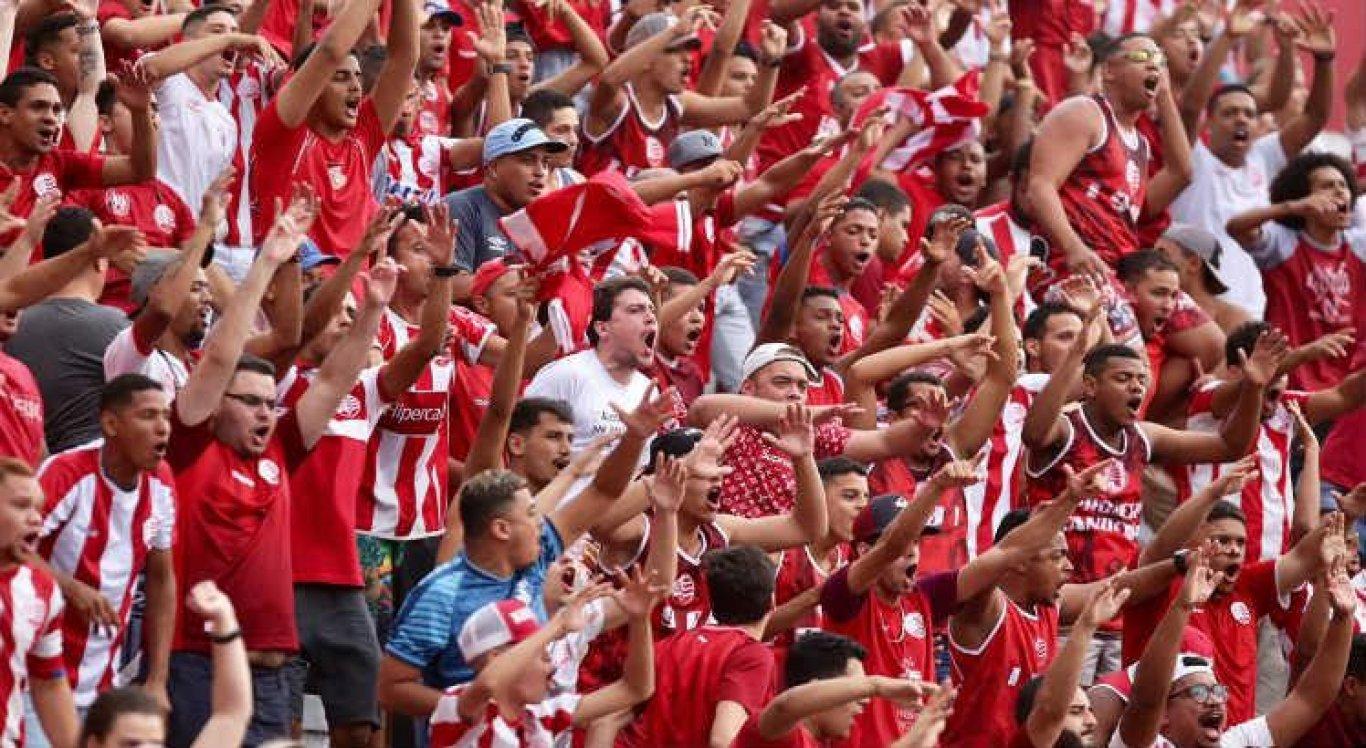 O jogo de ida entre Náutico e Paysandu acontece neste domingo no Pará.