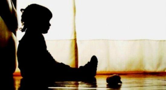 Mãe denuncia estupro contra filha de 3 anos em escola em Olinda