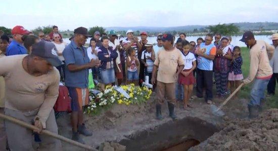 Sepultamento aconteceu no cemitério João Paulo II, em Cupira