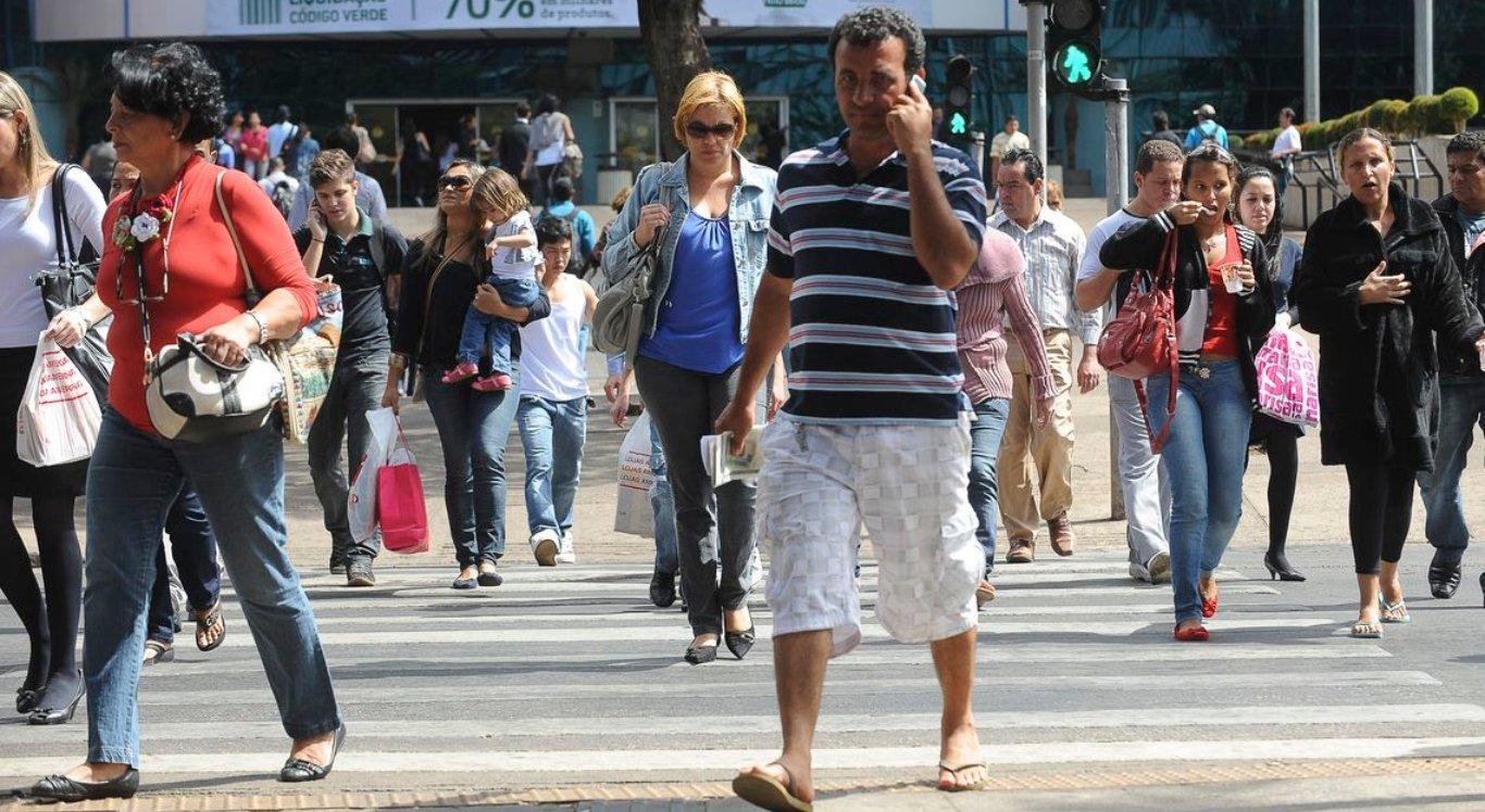 Taxa de desemprego no Brasil cai
