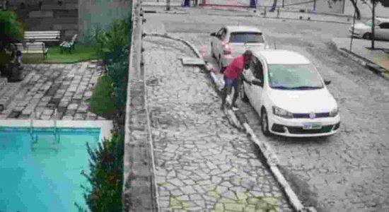 Trio recifense suspeito de praticar furtos em veículos é preso na Paraíba