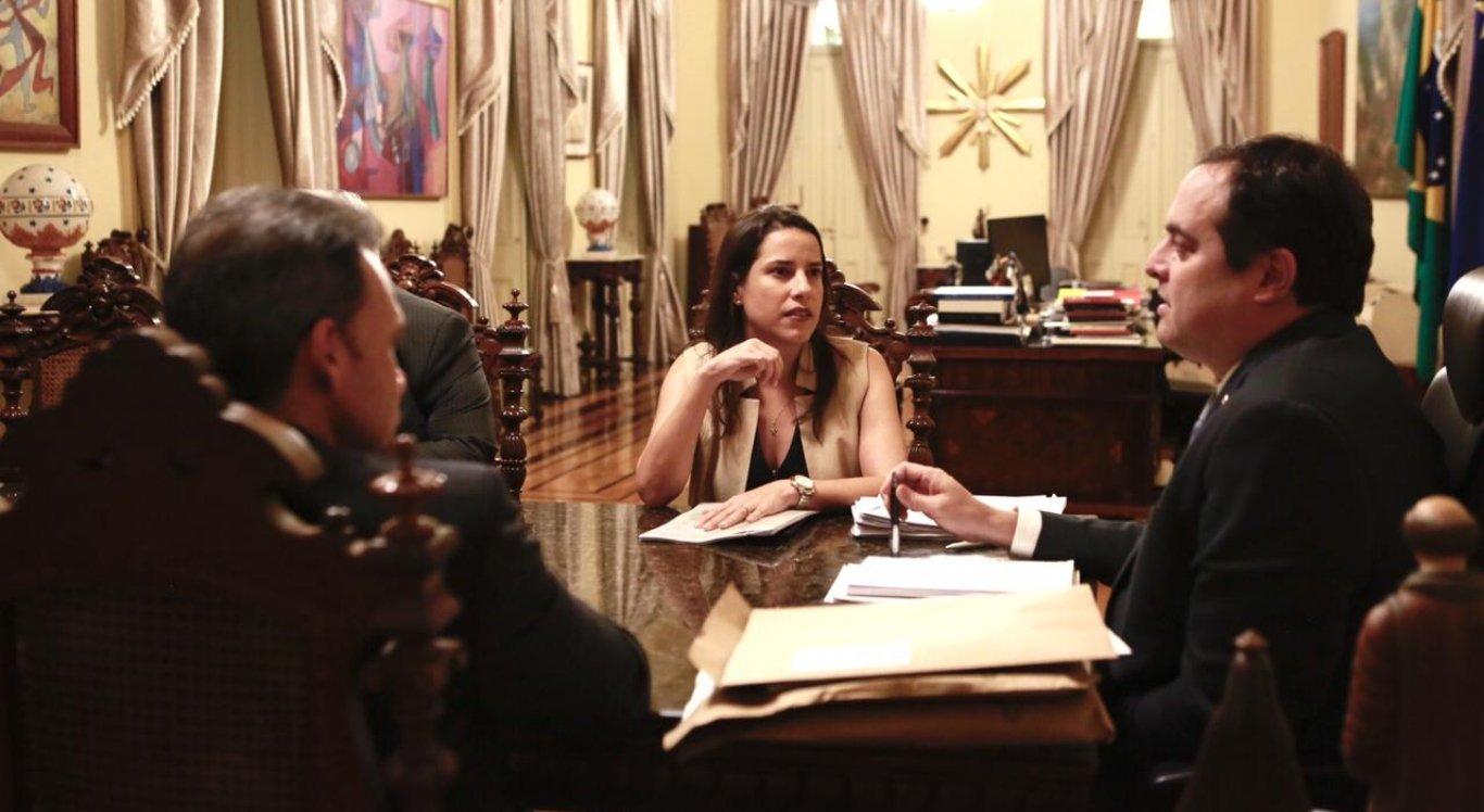 Raquel Lyra e Paulo Câmara se reúnem