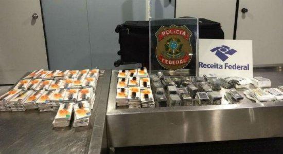 PF apreende carga de peças para celular no aeroporto do Recife