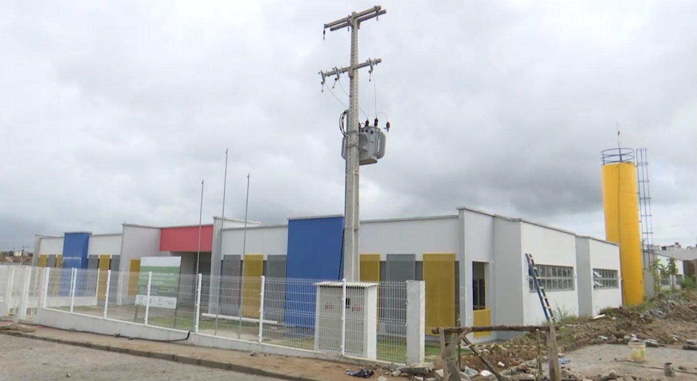 Atualmente, há nove creches em construção em Caruaru