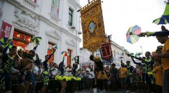 No último domingo (1º), a Pitombeira desfilou pelo bairro do Recife