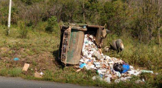 Acidente aconteceu em Taquaritinga do Norte, no Agreste