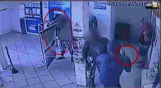 Bandidos invadem casa lotérica em Sirinhaém e causam pânico