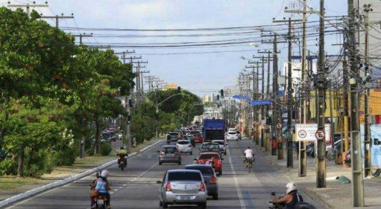 Desfile cívico muda rota de ônibus na Av. Mascarenhas de Morais
