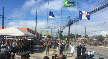 Desfile ocorre na Avenida Mascarenhas de Morais