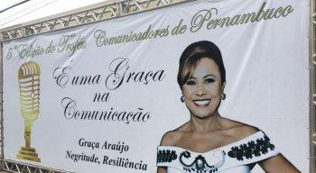 Graça Araújo foi a homenageada no prêmio Jailton Arruda