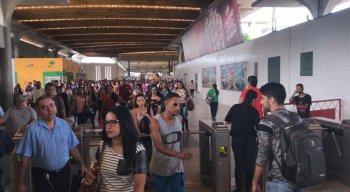 Passageiros reclamam do aumento na tarifa do Metrô