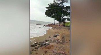Os moradores estão preocupados com o avanço da água do mar