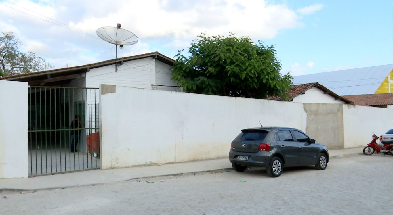 Alunos passaram mal na Escola Tereza Neuma, no bairro Maria Auxiliadora