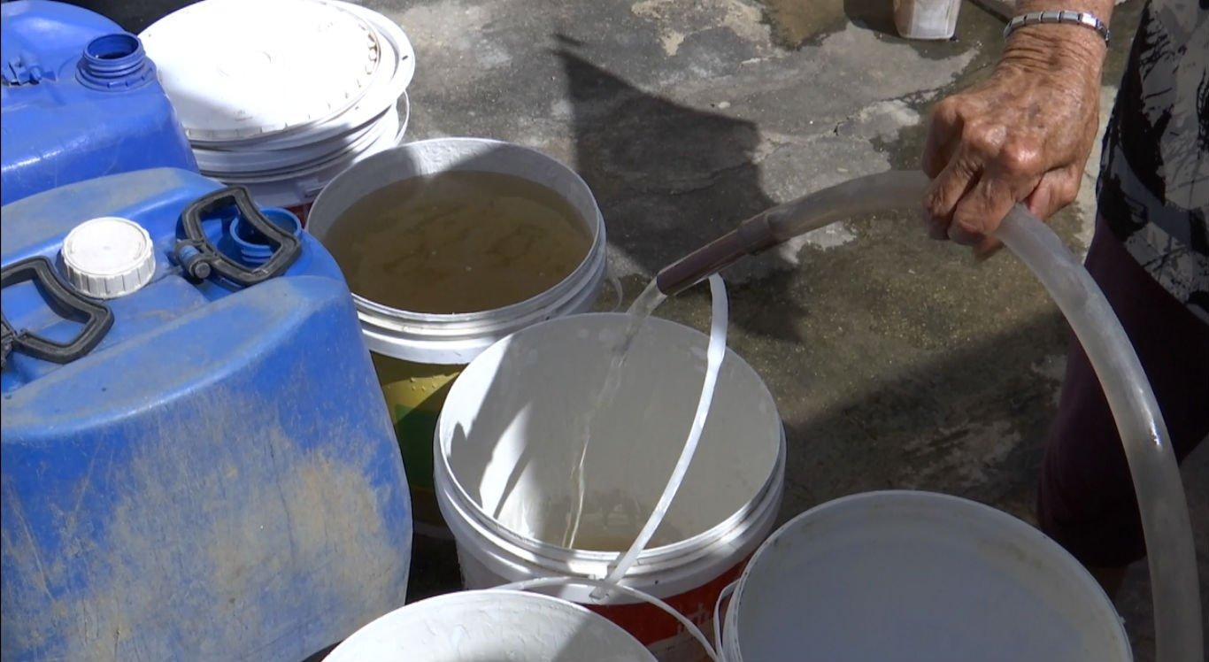 Moradores voltam a cobrar água na zona rural de Caruaru