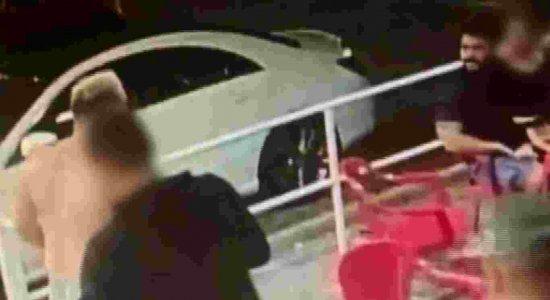Jovem baleado em confusão é suspeito de duplo homicídio