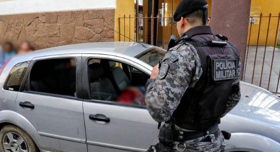 Pai e filho de 4 anos são assassinados a tiros em Caruaru