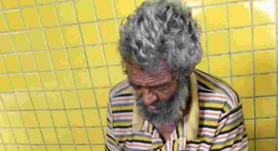 Idoso tem pé esmagado por ônibus no Terminal Xambá, em Olinda