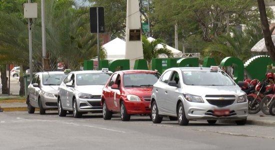 Cadeirante lamenta o preconceito de motoristas de aplicativos e taxistas