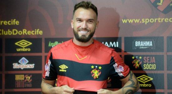 De graça, Willian Farias deixa o Sport rumo ao futebol Árabe