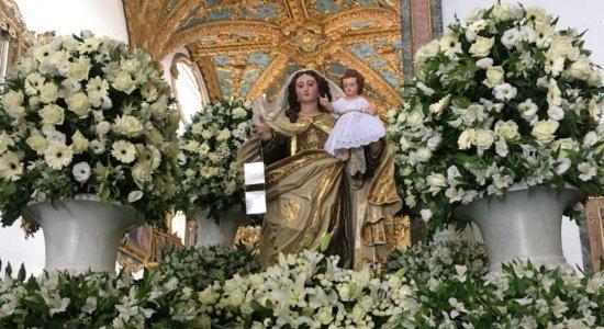Católicos celebram centenário de coroação canônica de Nossa Senhora do Carmo