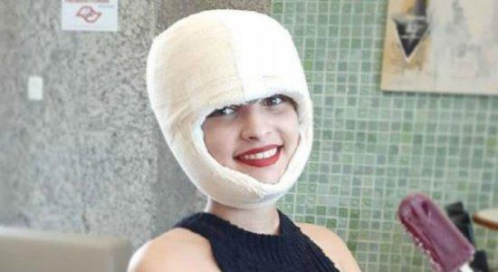 Vítima de acidente em kart publica fotos e diz estar ''muito feliz''
