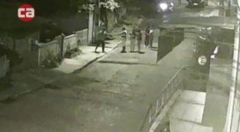 Os assaltantes levaram os pertences das vítimas