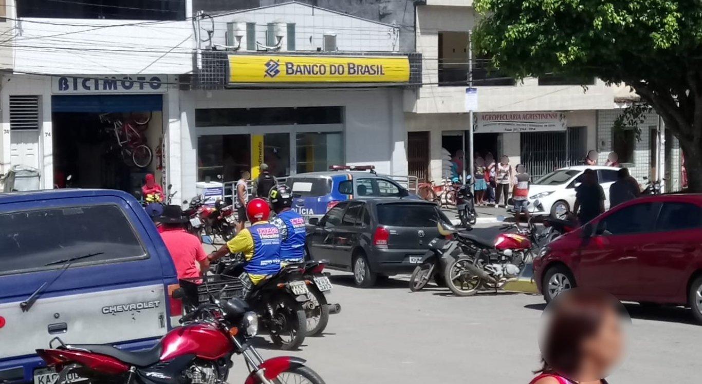 Mulher ia fazer depósito no Banco do Brasil