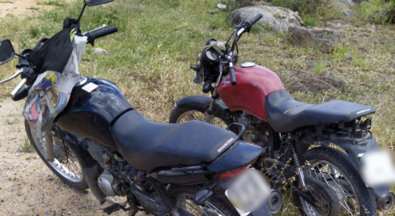 Homens eram suspeitos de adulterar e roubar motos