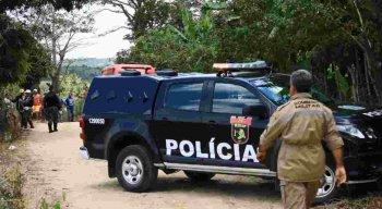 O suspeito foi preso e levado para a delegacia de Caruaru.