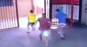 O vigilante foi baleado no pescoço, na Estação Engenho Velho do Metrô do Recife