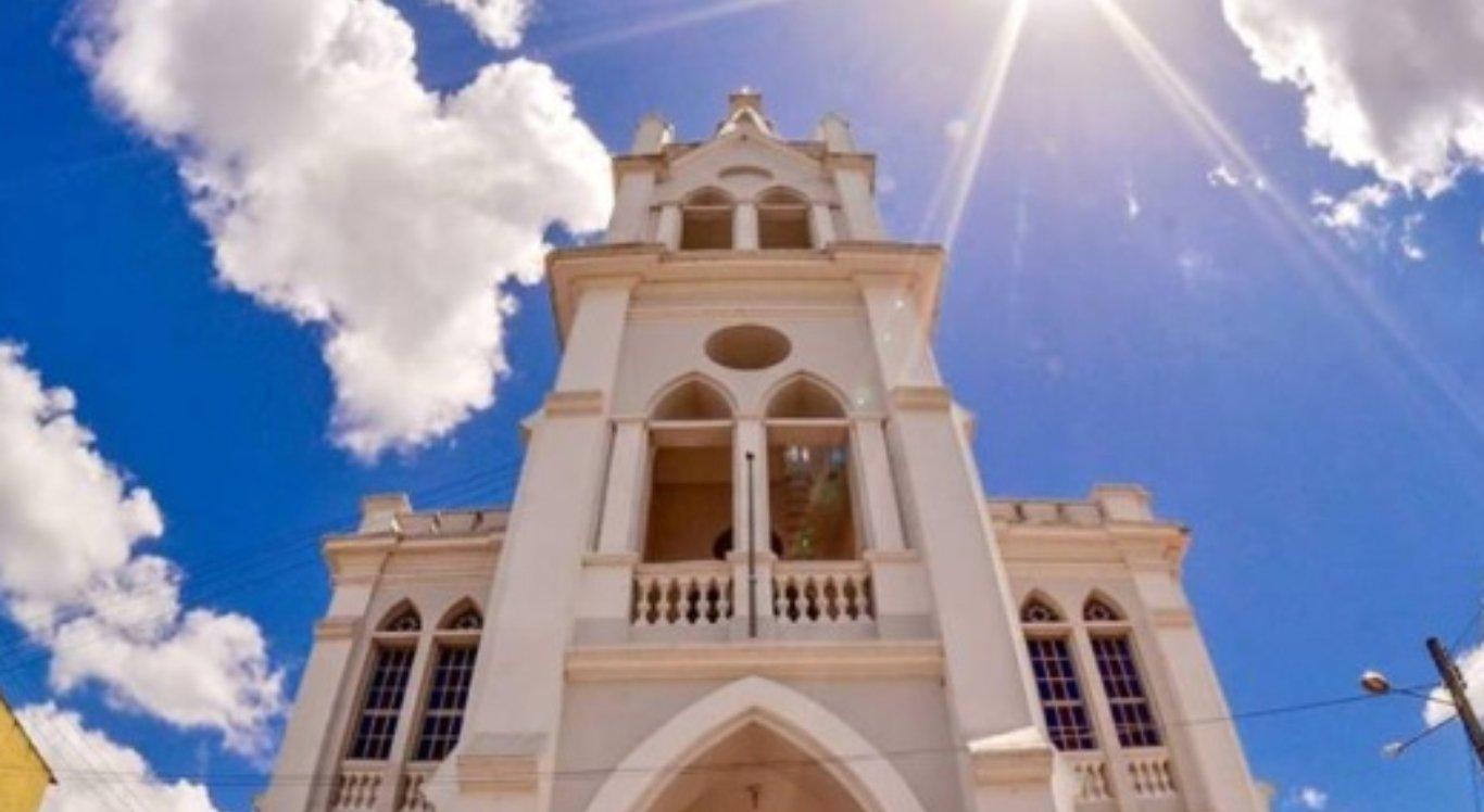Festa da Padroeira de Limoeiro celebra 240 anos da Paróquia da Apresentação