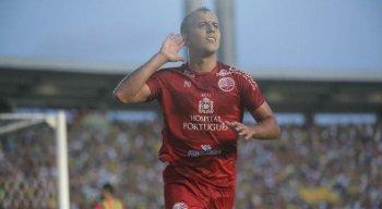 Matheus Carvalho foi o autor do segundo gol do Náutico na partida.